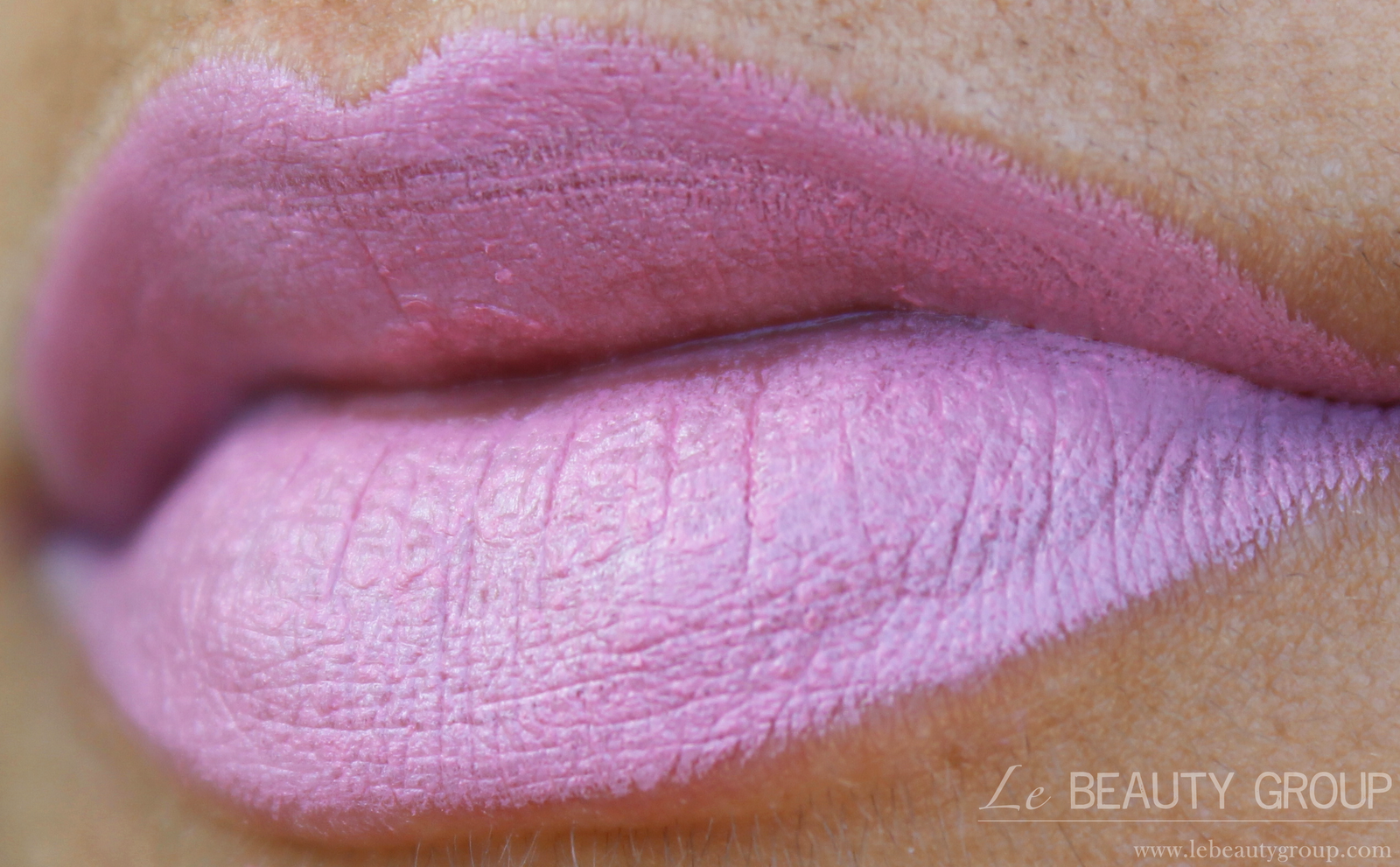 MAC Satin Lipstick in Snob (Review and Swatches)